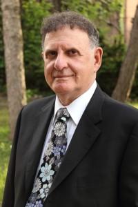 Dr Raymond Morris